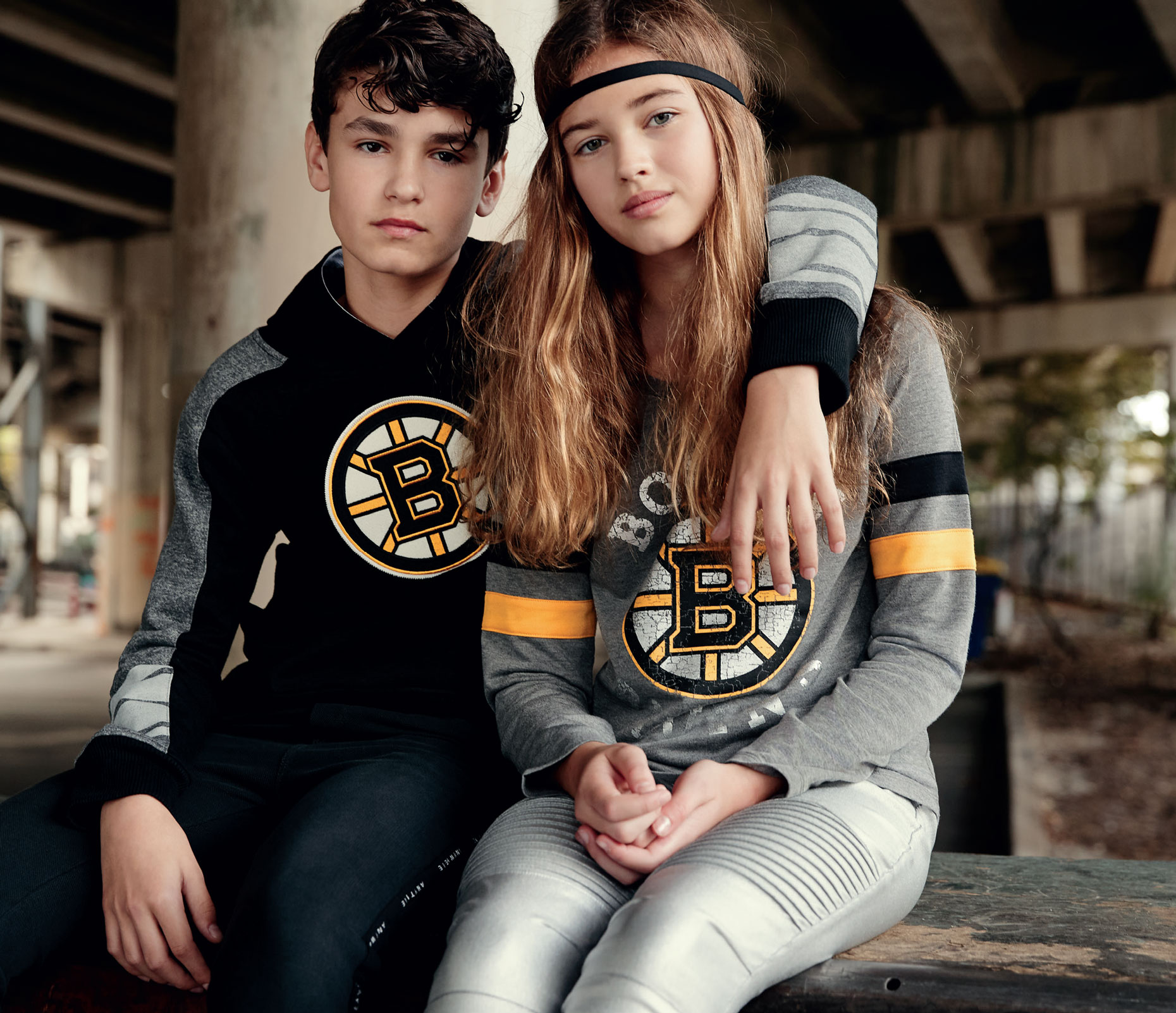 OuterStuff_NHL-Collection2019_4.indd